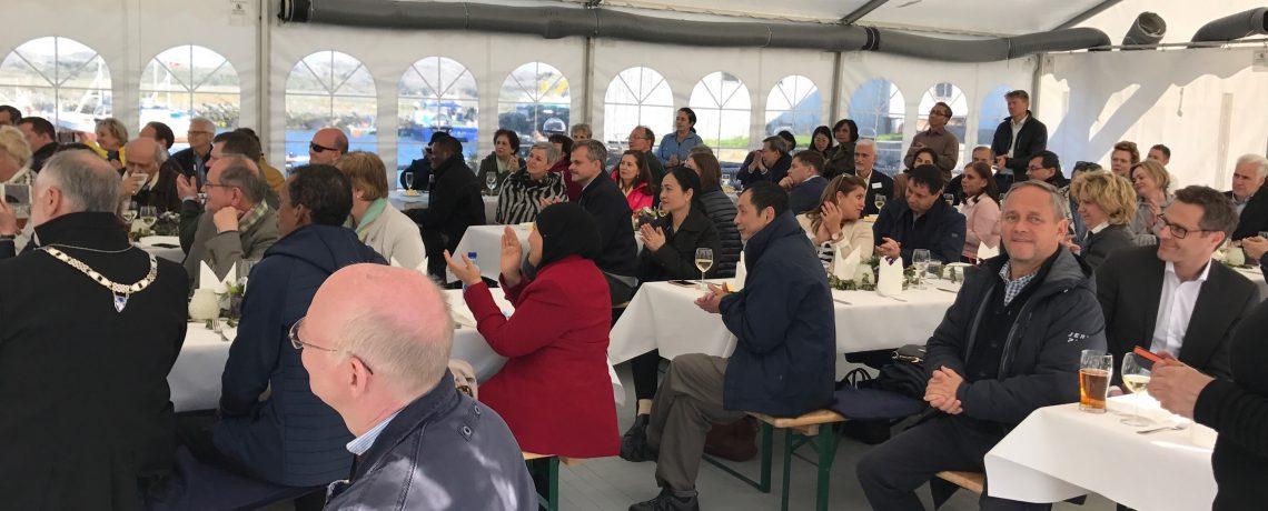 Ambassadører fra 37 land besøkte Hitra
